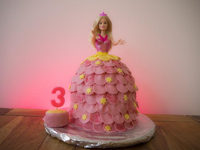 Lemon Barbie Cake